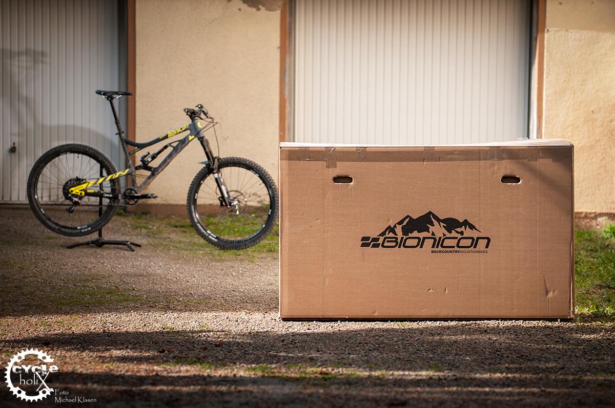 Bike in a Box, großer Karton, große Freude