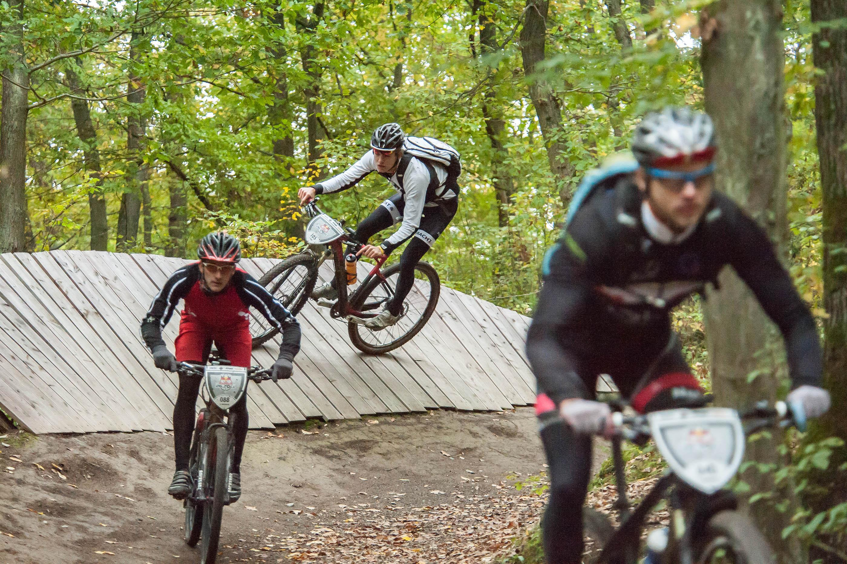 RB26Zoll Action Bikepark (c)Marius Holler Red Bull Content Pool