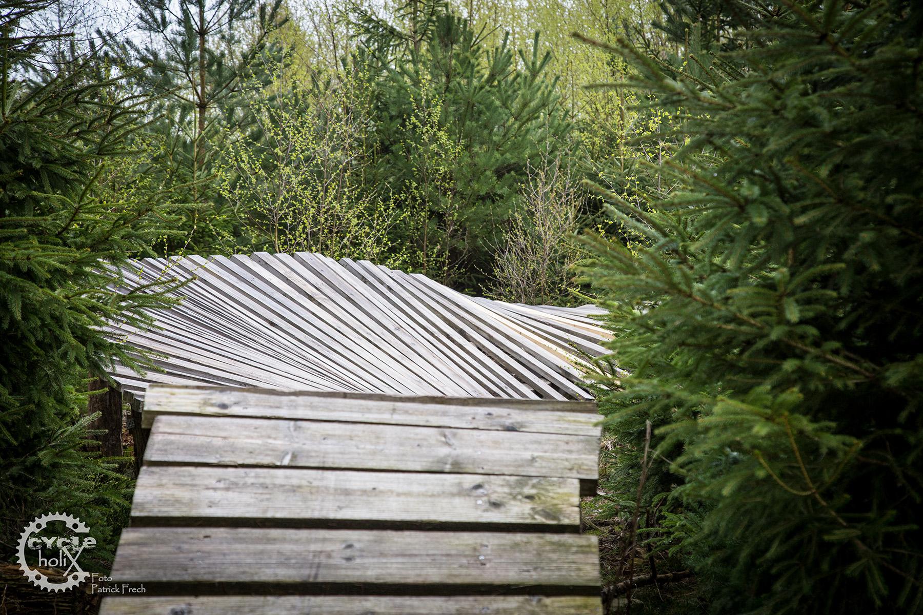Die Holzelemente sind alle hervorragend gebaut worden