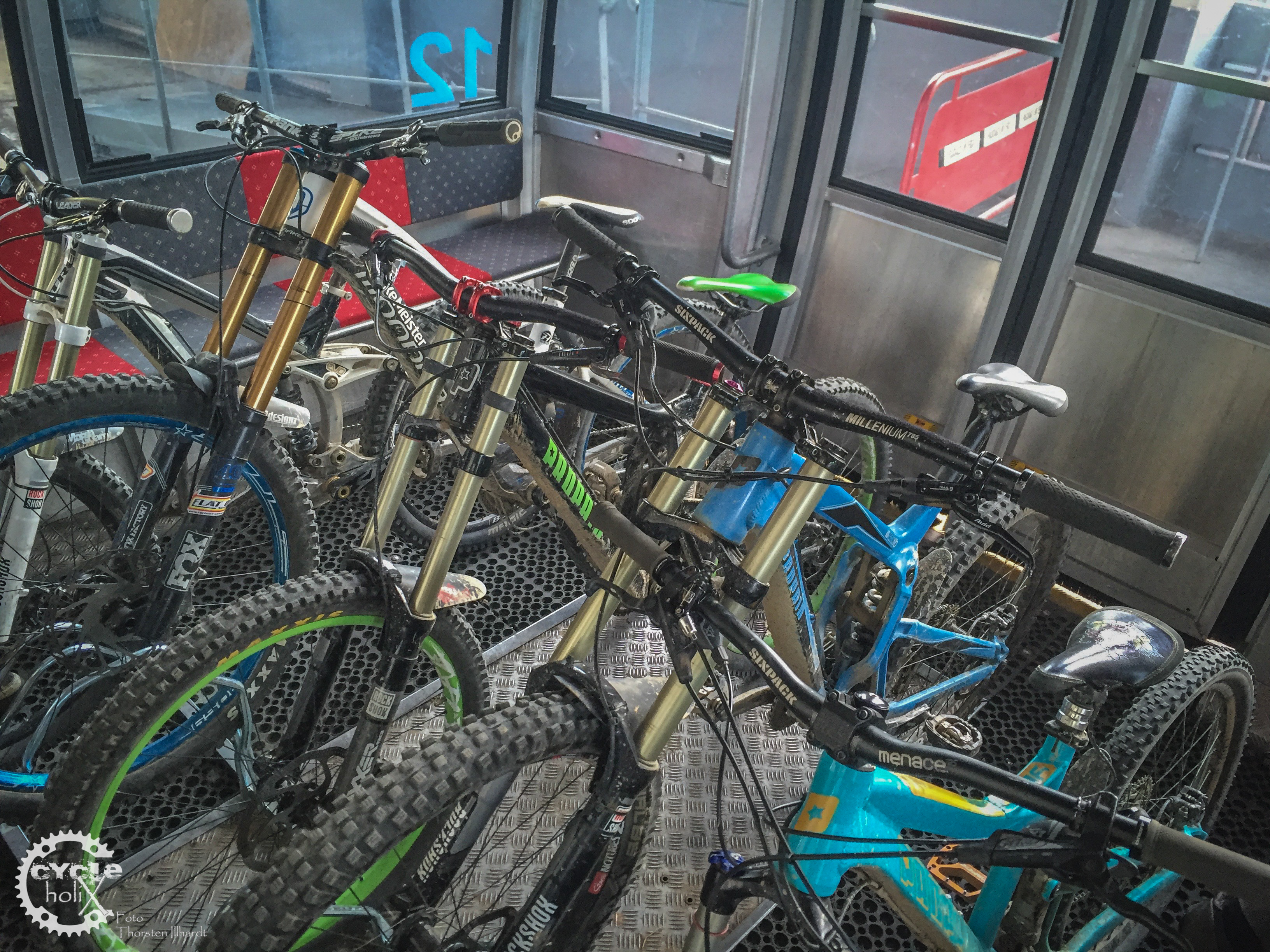Gondel mit Fahrradständer