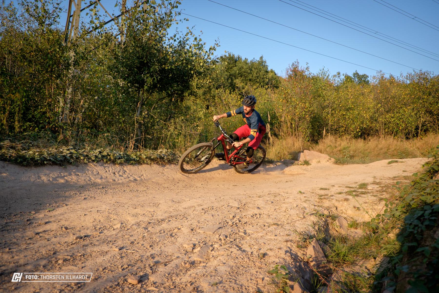 """Auch auf """"gebauten"""" Strecken macht das Bike Spaß!"""