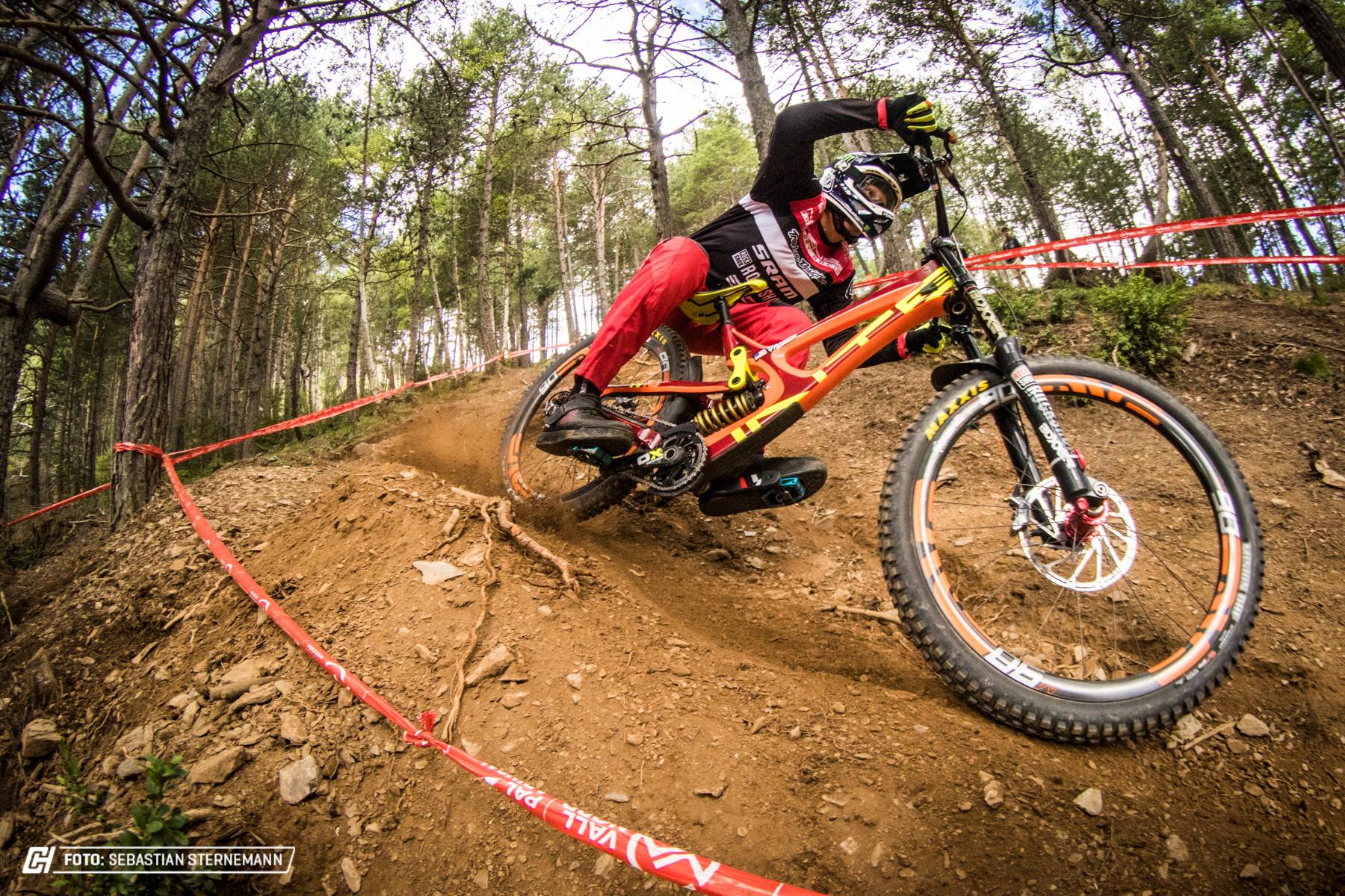 Friday Andorra1065