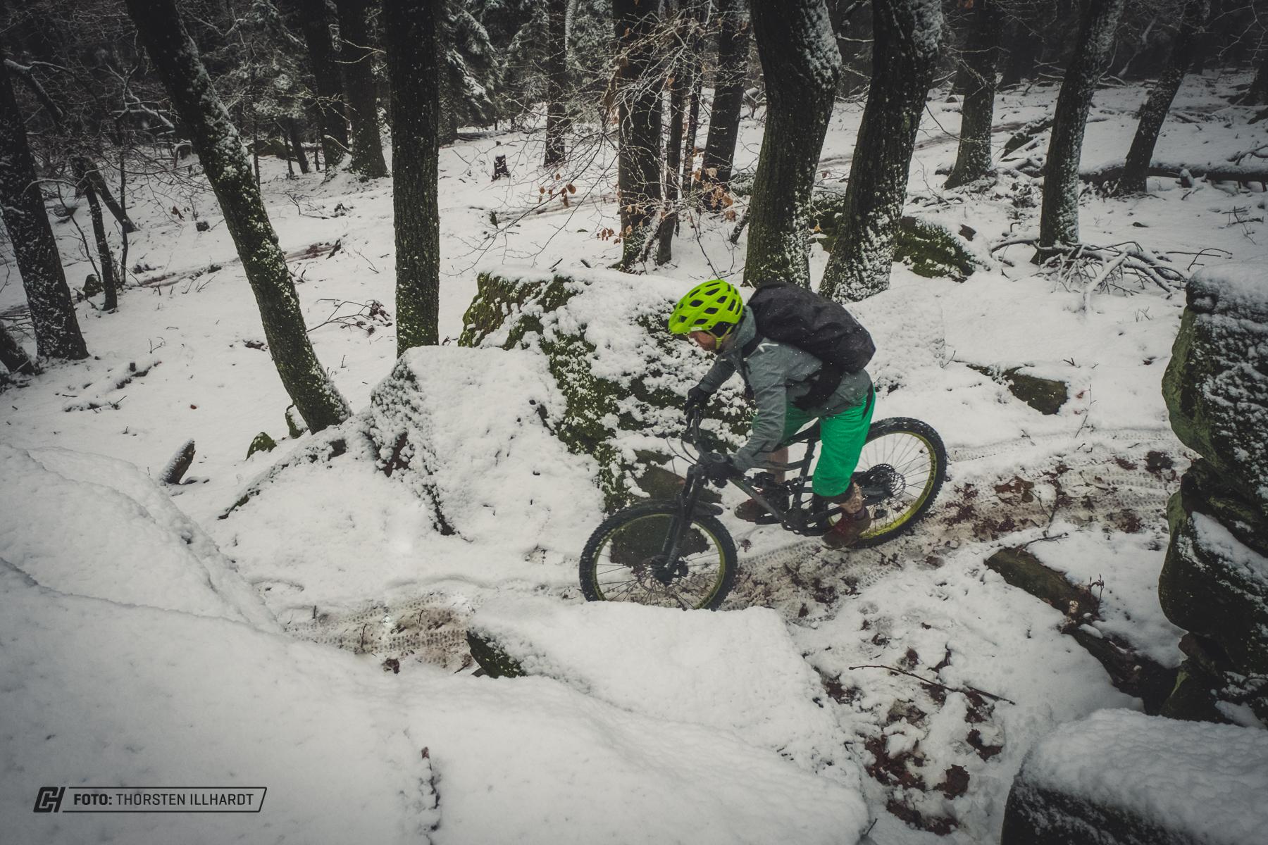 Im Schnee lernt man das Trailbanger auch mal langsam um die Kurzve zu bringen.