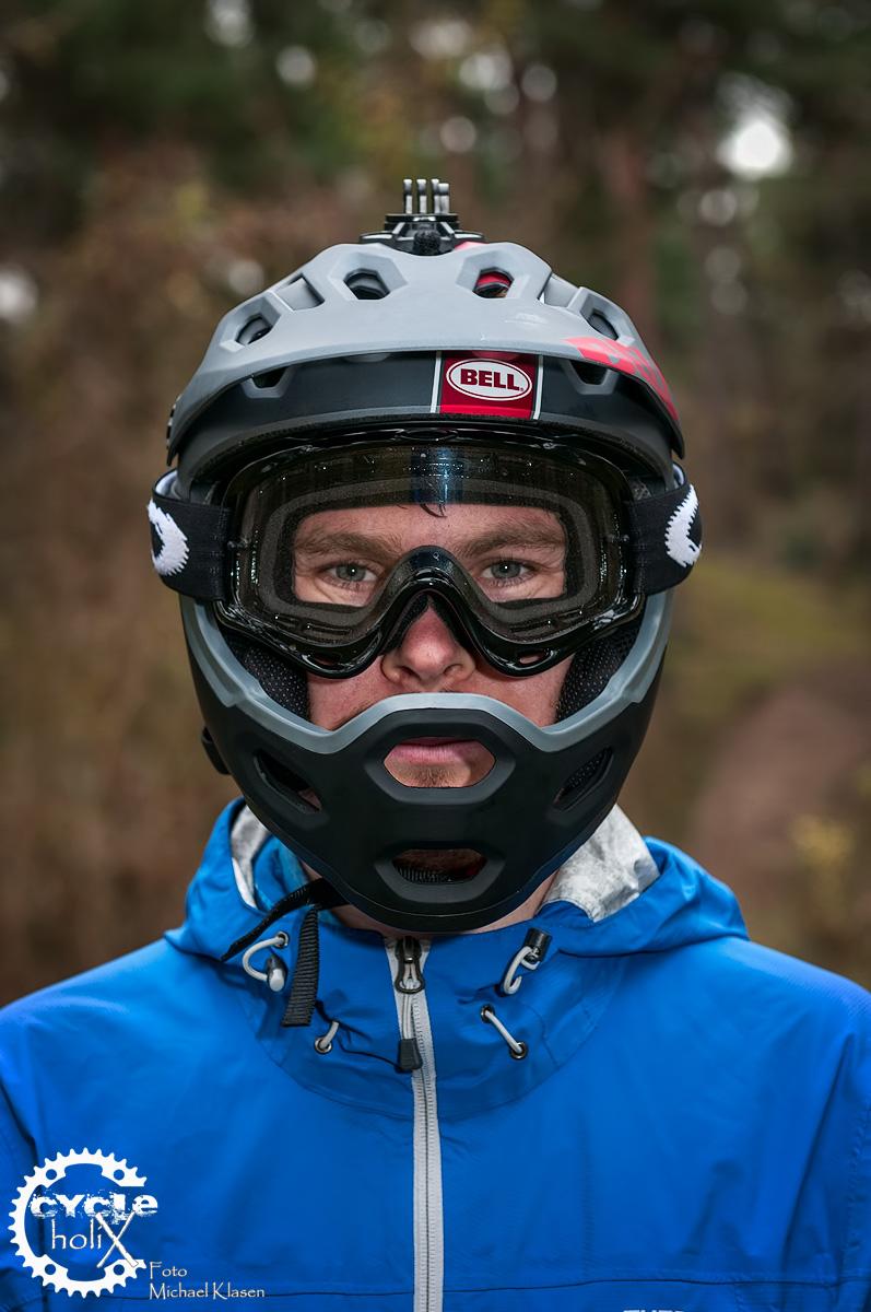 Sieht aus wie ein vollwertiger Full-Face Helm