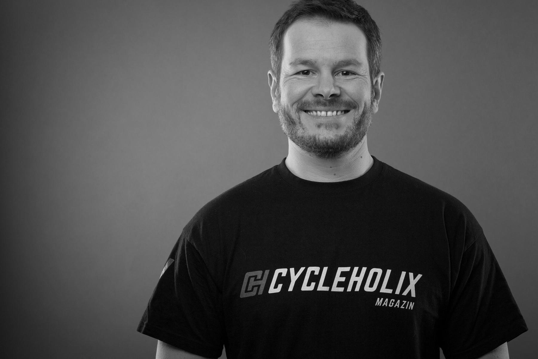06 Cycleholix