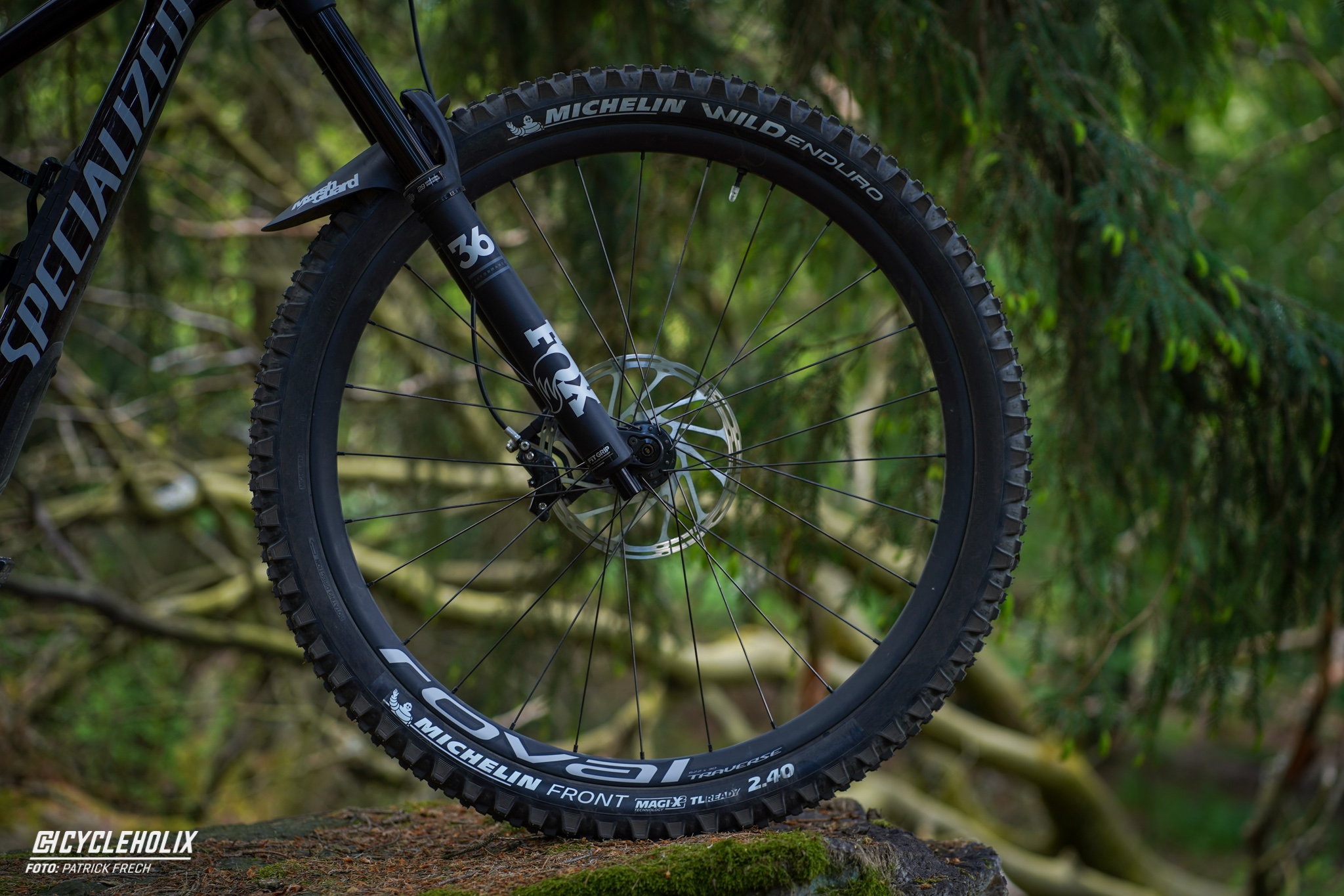 Specialized Enduro Expert 2020 - Roval Traverse Carbon