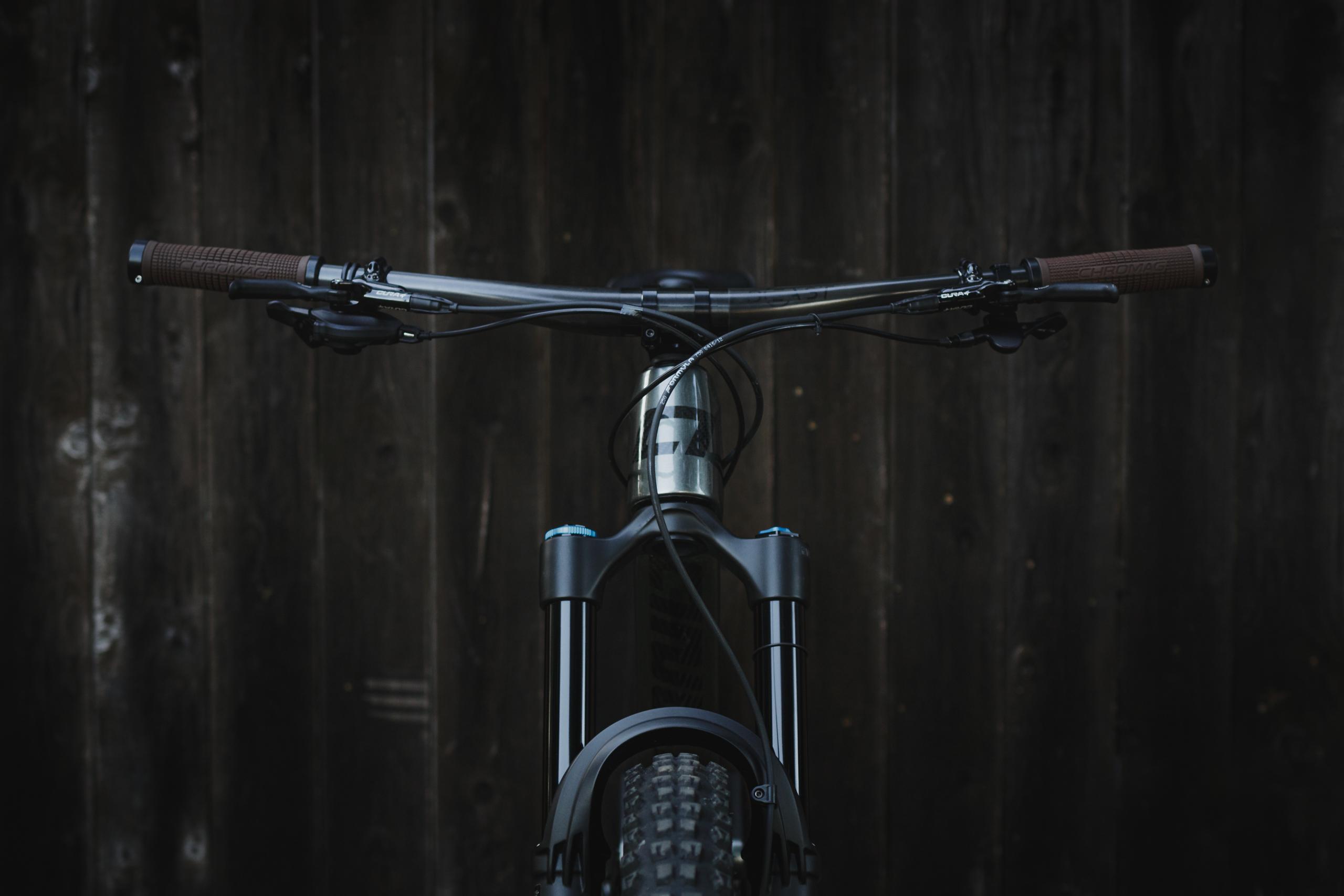 CJ 29 Bike Check Cockpit
