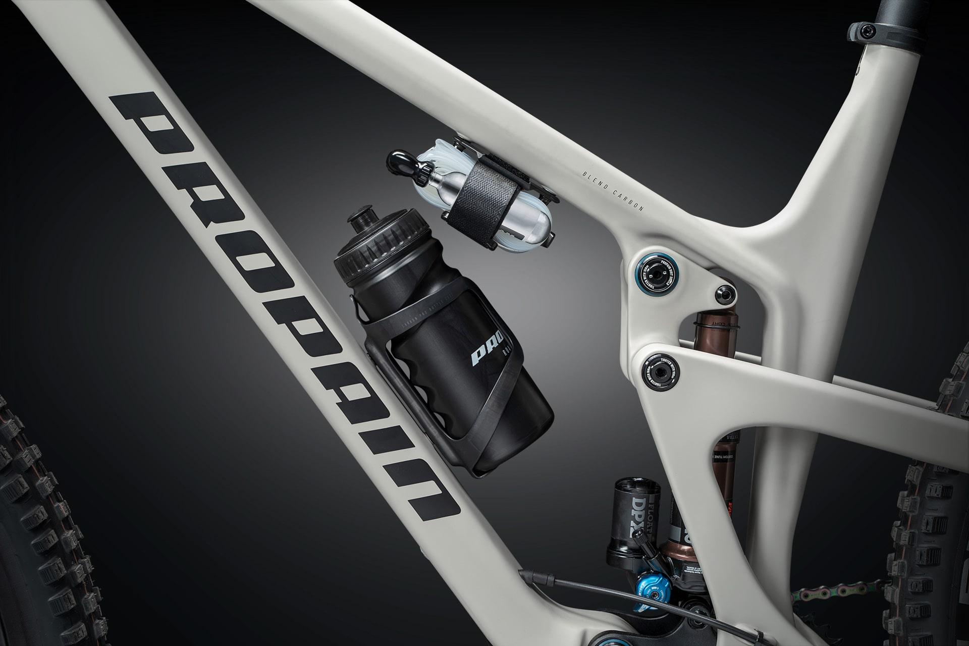 PROPAIN Hugene CF 2021 Bottle Cage Cycleholix