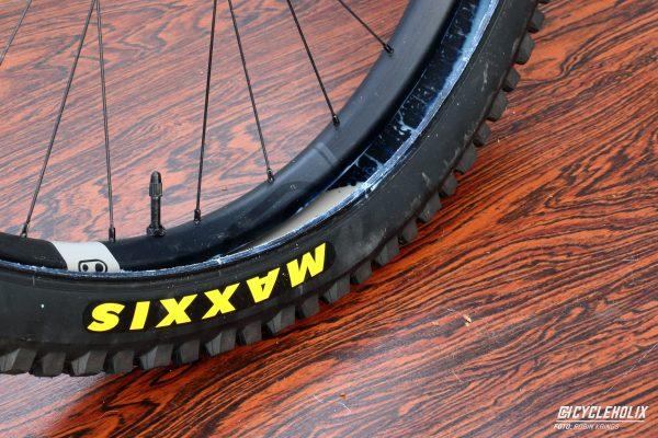 Tannus Armour Tubeless Cycleholix 2914 Cycleholix Cycleholix