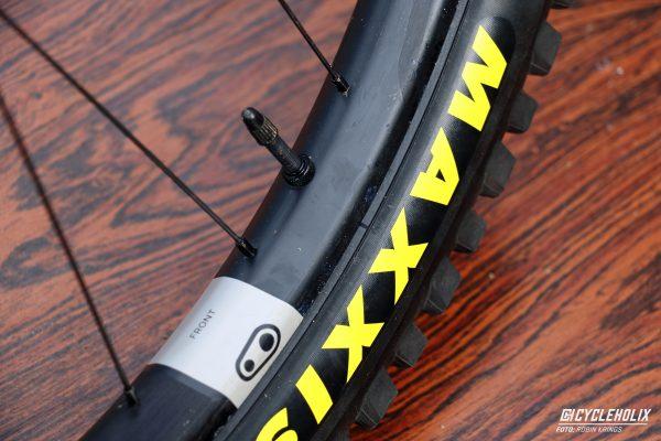 Tannus Armour Tubeless Cycleholix 2956 Cycleholix Cycleholix