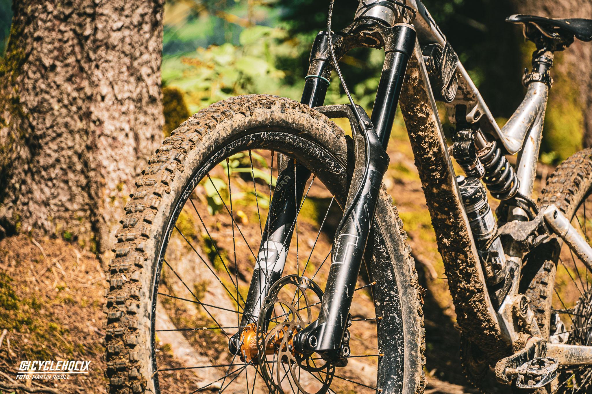 2021 EXT Storia Era 29 Cycleholix