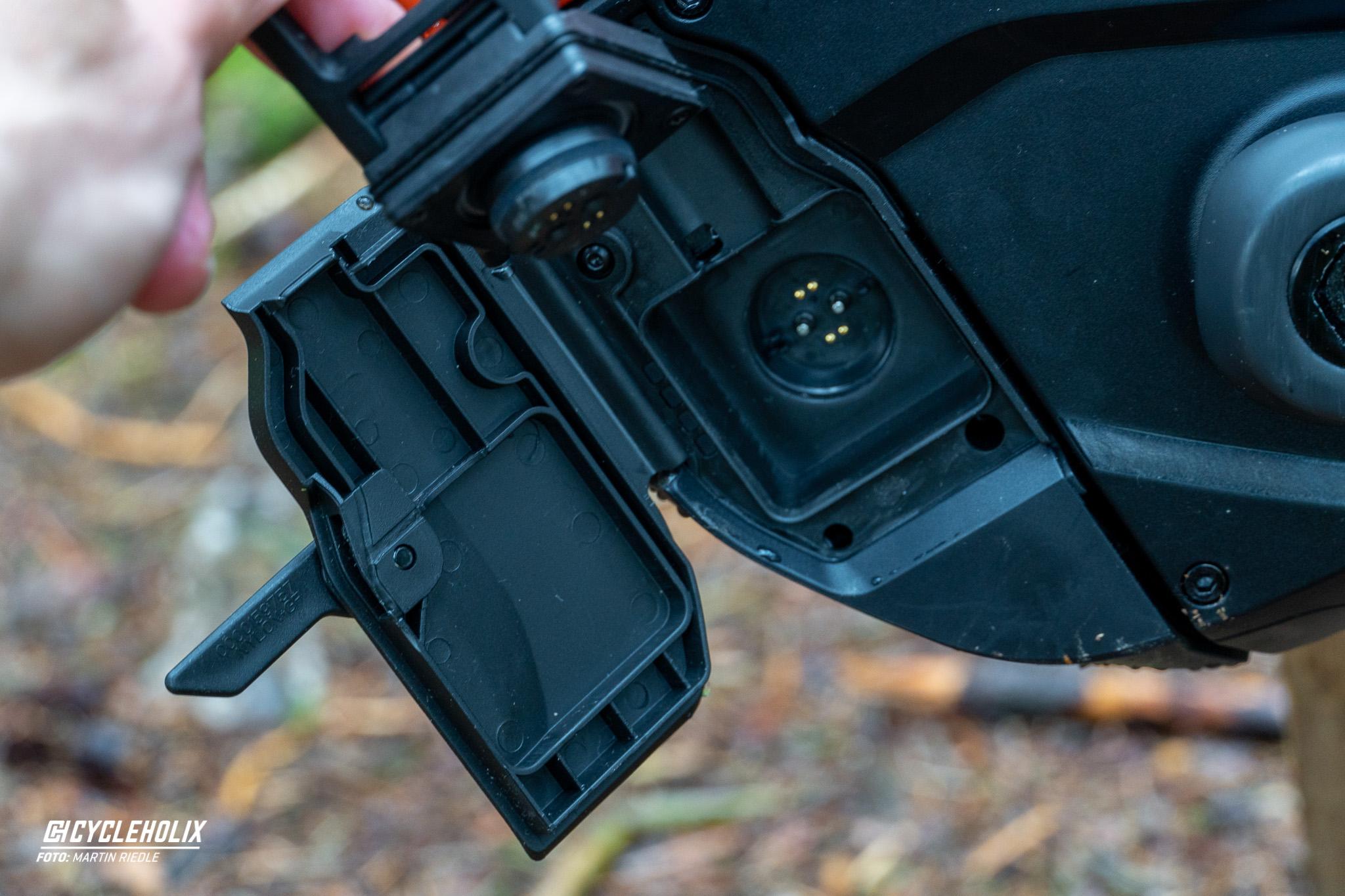Specialized Levo 22 Cycleholix